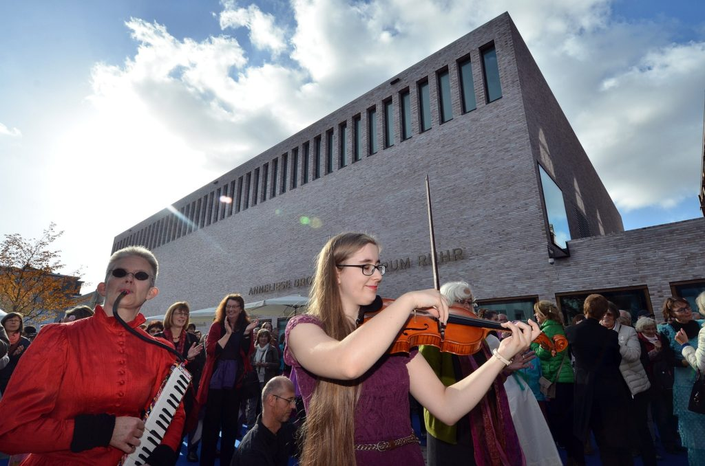 Bochum concert hall credit Lutz Leitmann