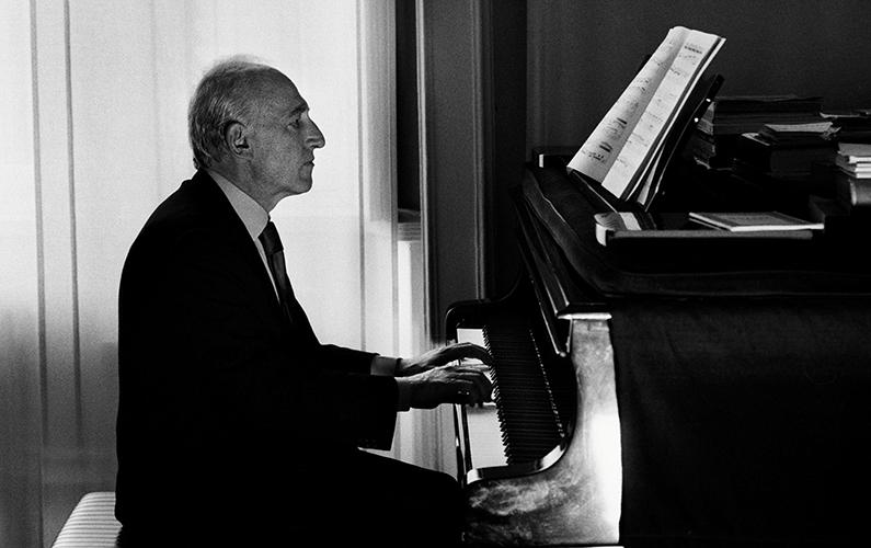 Maurizio Pollini - credit Mathias Bothor and DG