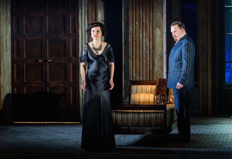 Tosca – Ekaterina Metlova, Baron Scarpia – Roland Wood, credit Robert Workman
