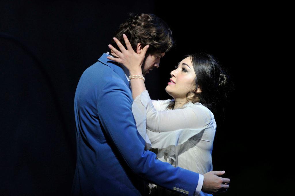 Kristina-Mkhitaryan-Zach-Borichevsky-Verdi-la-traviata-Glyndebourne