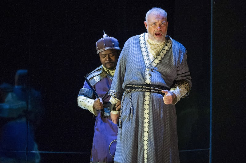 John-Colyn Gyeantey as Tiridate; Andrew Slater as Farasmane (c) Richard Hubert Smith