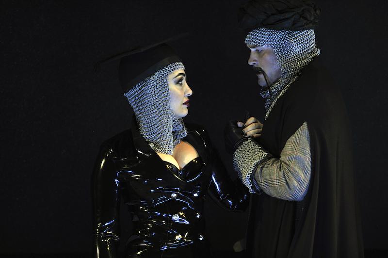 Armida (Kristina Mkhitaryan) and Argante (Brandon Cedel) (c) Robbie Jack
